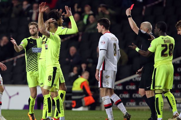 billing-red-card-mk-dons-a-feb
